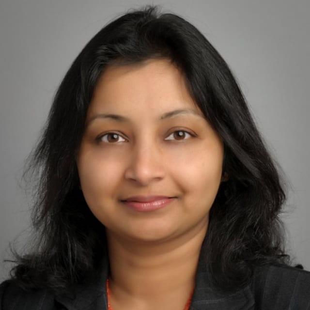 Smiling MBA alumna Sajal Desai