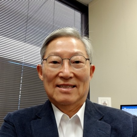 Photo of Dr. DJ Yang, associate dean of research and interdisciplinary programs.