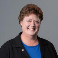 Cheryl Friesenhahn headshot