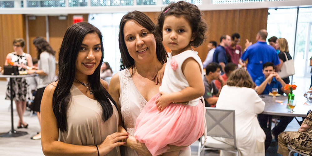 Computer science freshman Lillian Rodriguez (left) and her mom, Rosa Garcia, and sister, Fernanda, enjoyed the opportunity to meet other incoming freshmen and their families.