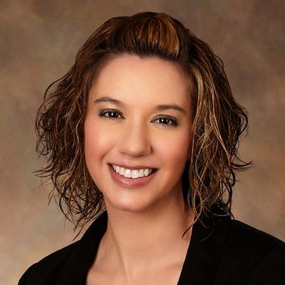 Lauren Hayes portrait