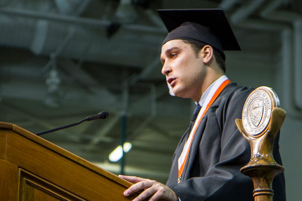 jindal school undergraduate student speaking at ut dallas commencement